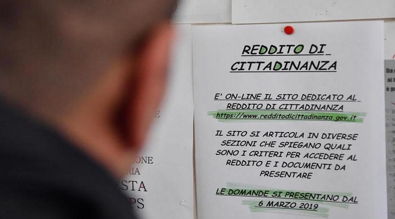 Mafiosi con il reddito di cittadinanza, 109 indagati in Puglia
